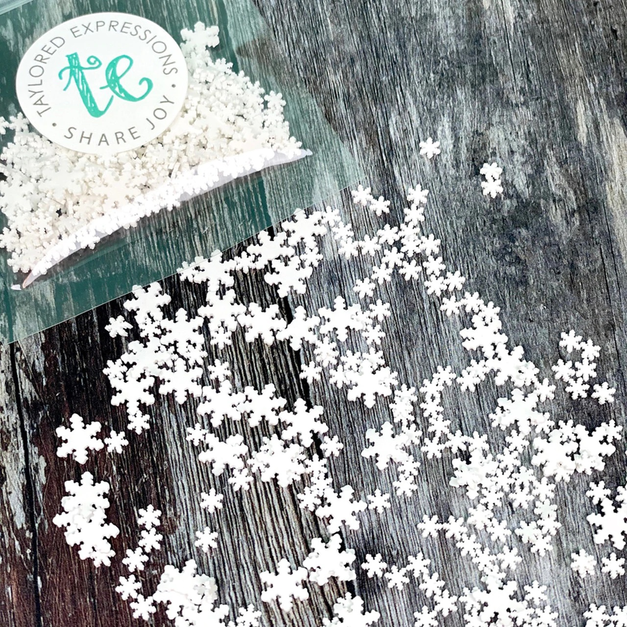 Taylored Expression - Bits & Pieces - Snowflakes
